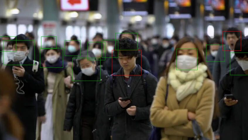 A group of people wearing face masks  Description automatically generated with medium confidence